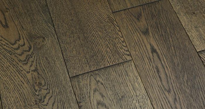 Aged Cottage Oak Brushed & Lacquered Engineered Wood Flooring 125mm - Descriptive 4