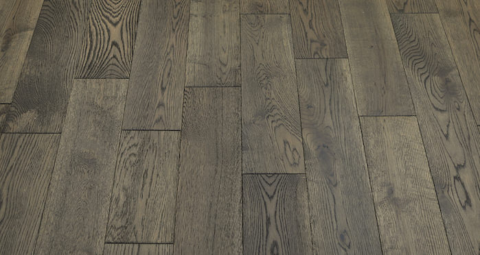 Aged Cottage Oak Brushed & Lacquered Engineered Wood Flooring 125mm - Descriptive 5