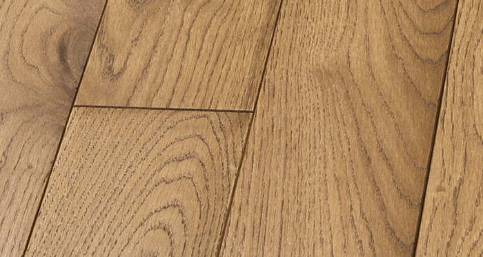 Elegant Cinnamon Oak Brushed & Oiled Solid Wood Flooring - Descriptive 4