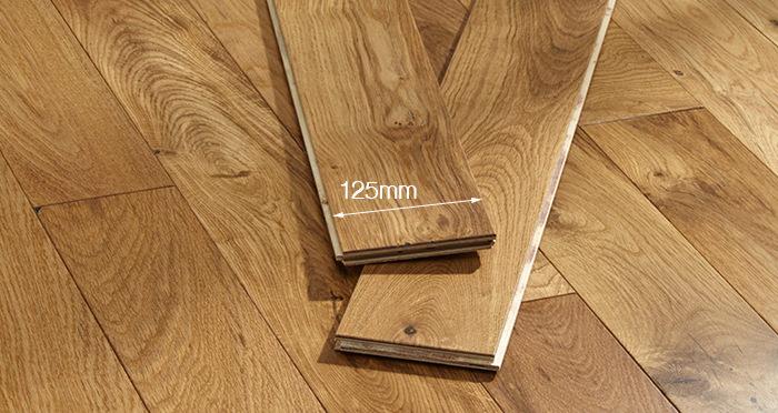 Studio Natural Oak Lacquered Engineered Wood Flooring - Descriptive 4