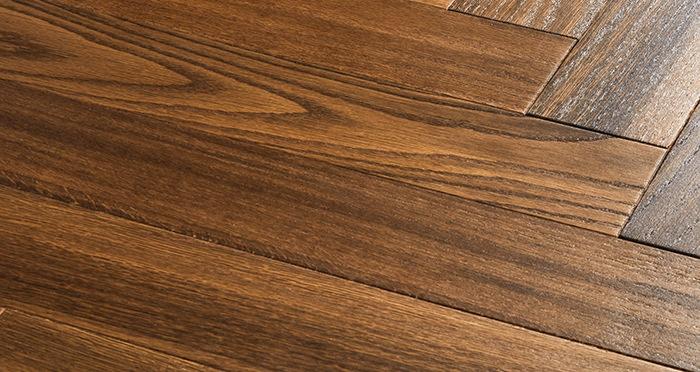 Branscombe Vintage Pier Herringbone Oak Engineered Wood Flooring - Descriptive 1