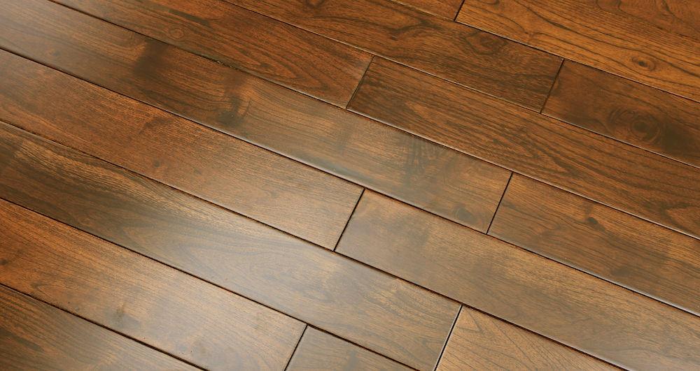 Pacific Mahogany Burgundy Lacquered Solid Wood Flooring - Descriptive 2