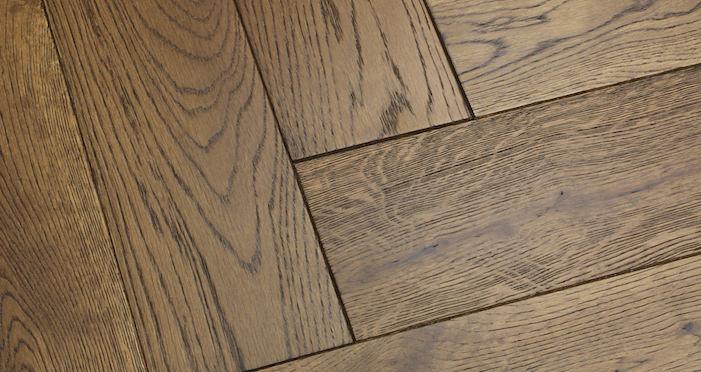Brooklyn Golden Herringbone Oak Engineered Wood Flooring - Descriptive 2