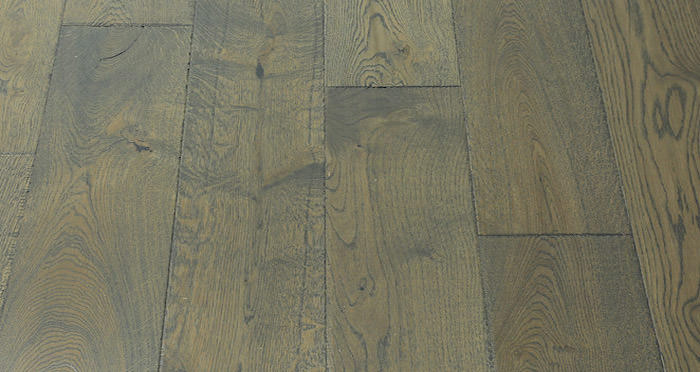 Toulon Chateau Oak Brushed & Oiled Engineered Wood Flooring - Descriptive 5