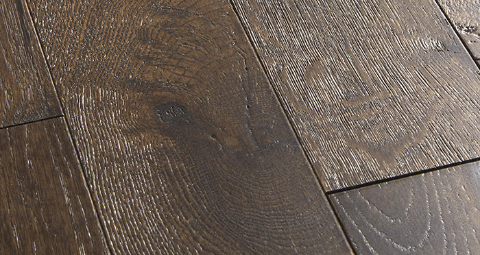 Studio Coffee Oak Brushed & Lacquered Engineered Wood Flooring - Descriptive 1