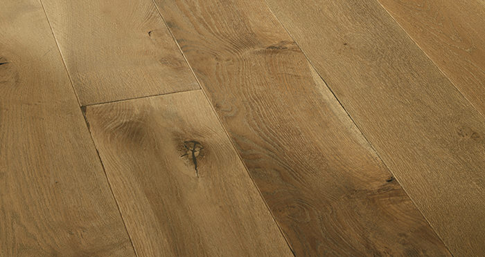 Distressed Old Boathouse Oak Brushed & Oiled Engineered Wood Flooring - Descriptive 3