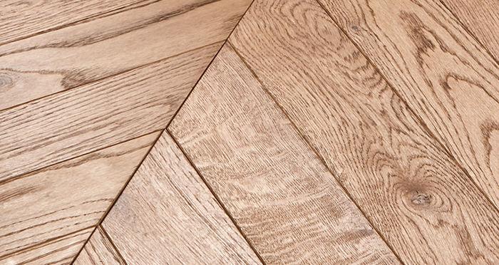Park Avenue Chevron Cinnamon Oak Brushed & Oiled Solid Wood Flooring - Descriptive 4