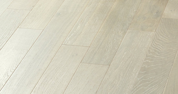 Salcombe Grey Boardwalk Oak Engineered Wood Flooring - Descriptive 3
