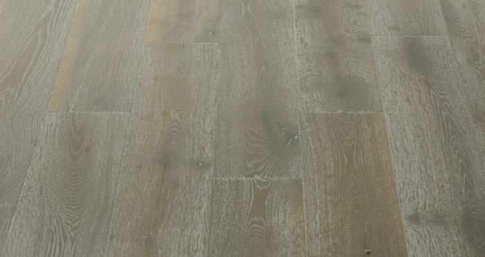 Calvados Grey Oak Brushed & Oiled Engineered Wood Flooring - Descriptive 5