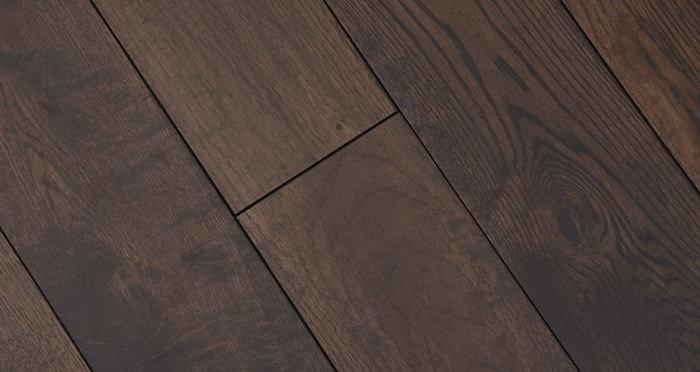 Brown Bear Oak Lacquered Solid Wood Flooring - Descriptive 4