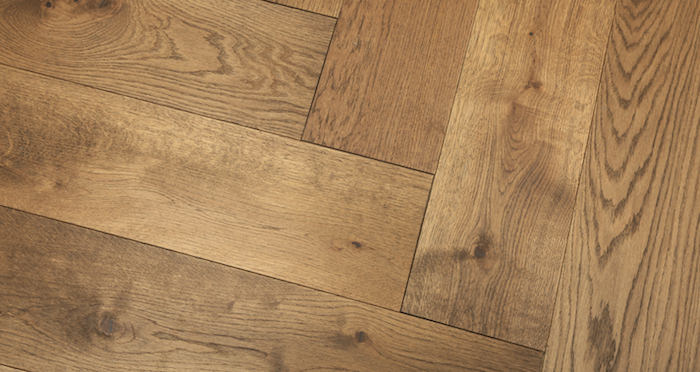 Prestige Herringbone Georgian Oak Oiled Engineered Wood Flooring - Descriptive 5