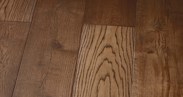 Prestige Chocolate Oak Solid Wood Flooring - Descriptive 5