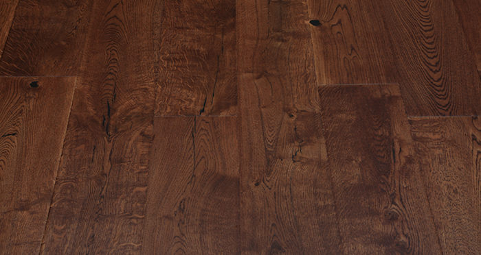 Handscraped Ginger Oak Lacquered Engineered Wood Flooring - Descriptive 4