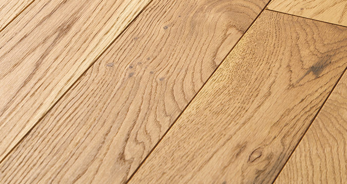 Smoked Oak 90mm Oiled Solid Wood Flooring - Descriptive 1