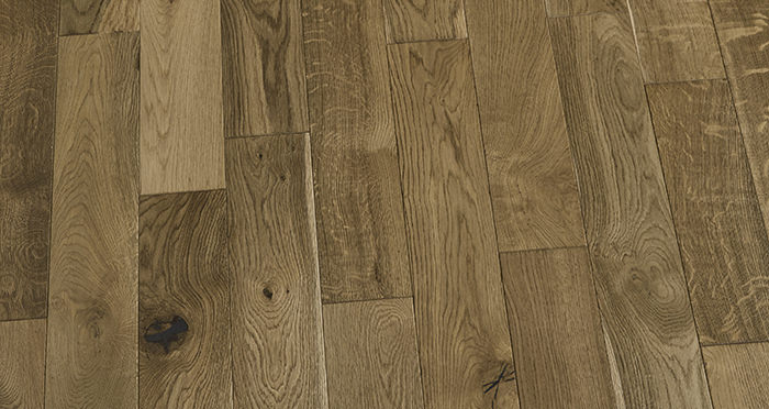Penthouse Golden Smoked Oak Brushed & Lacquered Engineered Wood Flooring - Descriptive 2