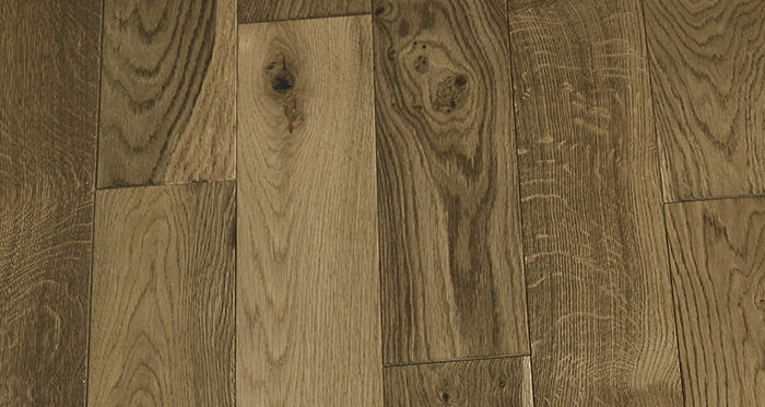 Penthouse Golden Smoked Oak Brushed & Lacquered Engineered Wood Flooring - Descriptive 6