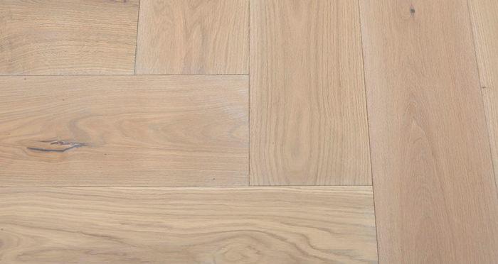 Prestige Herringbone Frosted Oak Oiled Engineered Wood Flooring - Descriptive 5