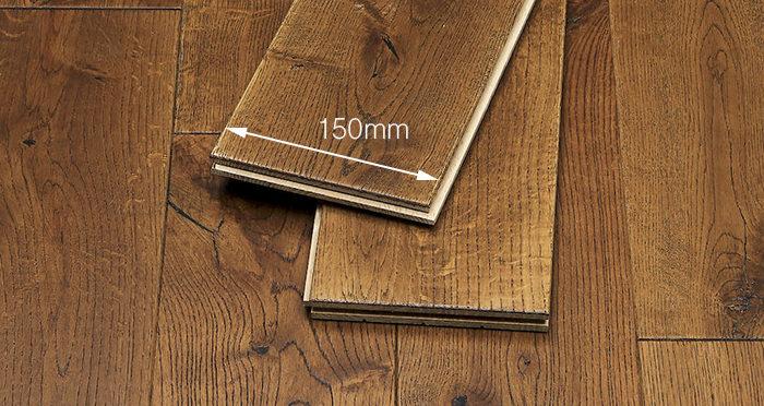 Golden Rustic Heritage Oak Brushed & Lacquered Solid Wood Flooring - Descriptive 6