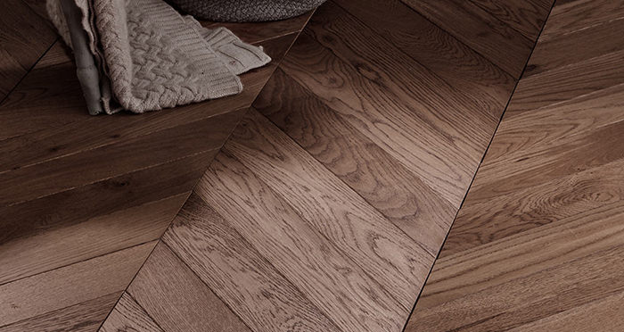 Park Avenue Chevron Chocolate Oak Brushed & Oiled Solid Wood Flooring - Descriptive 5