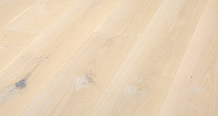 Supreme Frosted Oak Brushed & Oiled Engineered Wood Flooring - Descriptive 2