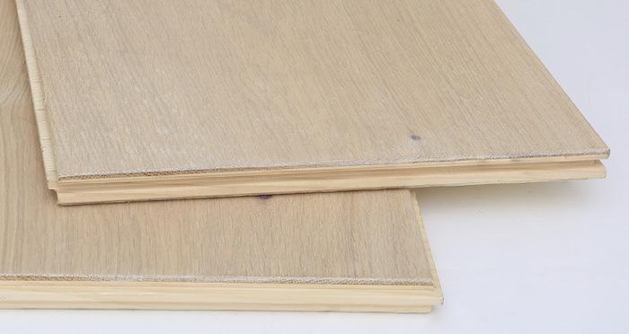 Supreme Frosted Oak Brushed & Oiled Engineered Wood Flooring - Descriptive 7