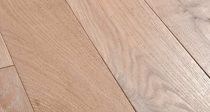 Deluxe Frosted Oak Solid Wood Flooring - Descriptive 1