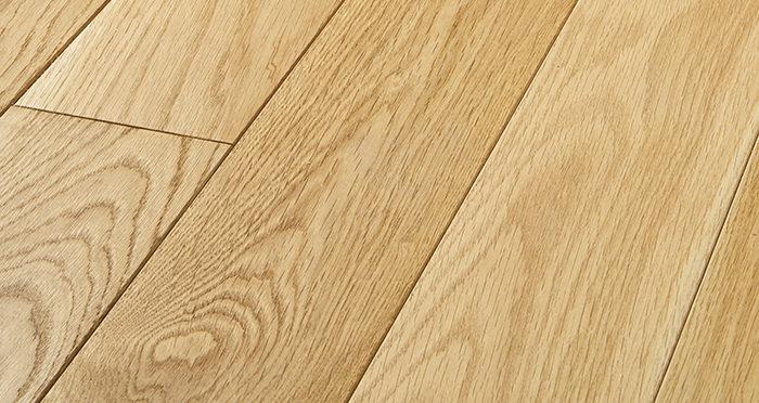 Elegant Natural Oak Brushed & Oiled Solid Wood Flooring - Descriptive 1