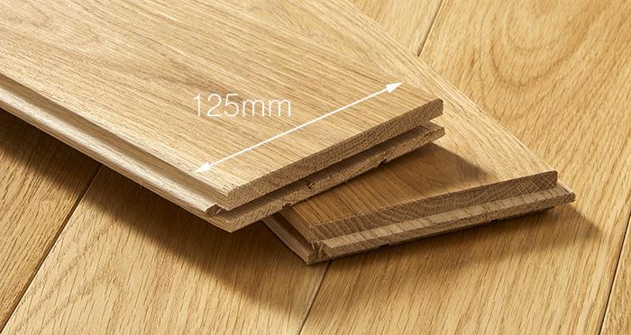 Elegant Natural Oak Brushed & Oiled Solid Wood Flooring - Descriptive 3