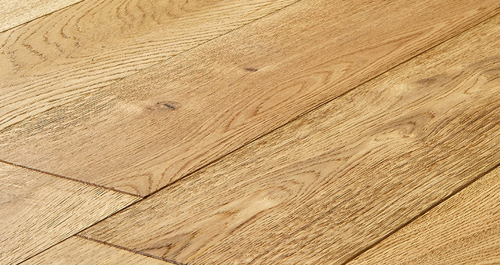 Old Country Natural Oak Brushed & Oiled Engineered Wood Flooring - Descriptive 1