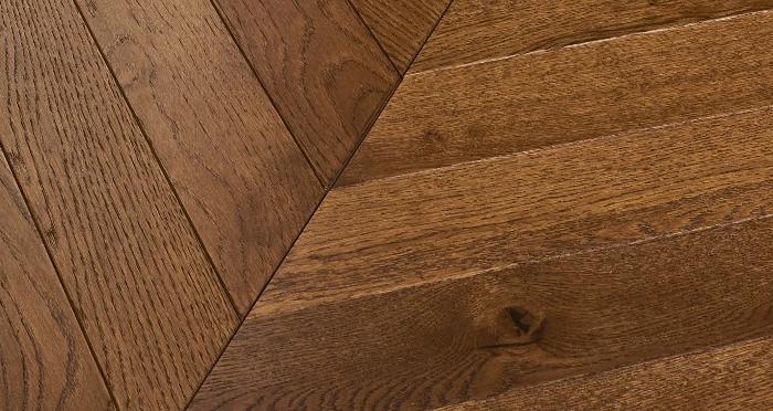 Cambridge Chevron Honeycomb Oak Brushed & Oiled Engineered Wood Flooring - Descriptive 1