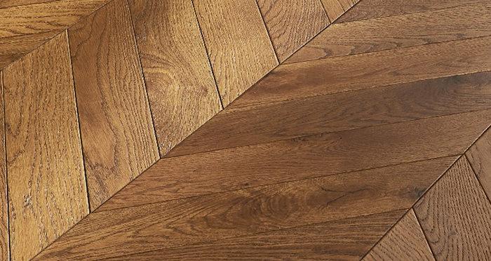 Cambridge Chevron Honeycomb Oak Brushed & Oiled Engineered Wood Flooring - Descriptive 3