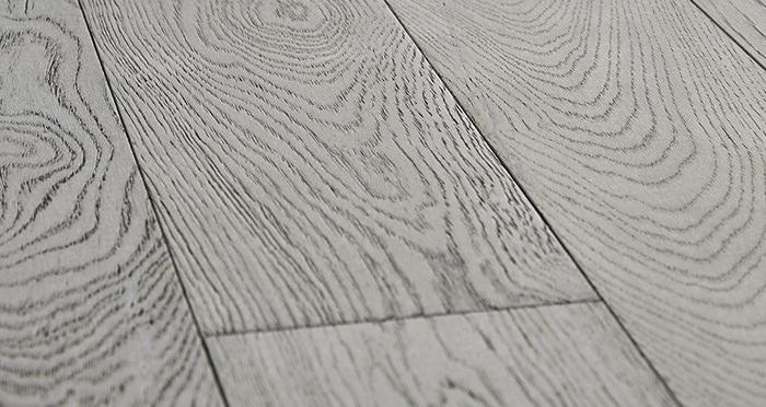 Loft Polar Oak Brushed & Oiled Engineered Wood Flooring - Descriptive 1