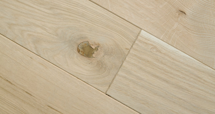 Unfinished Oak 160mm Wide Solid Wood Flooring - Descriptive 4