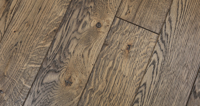 Aged & Rustic Brown Oak Brushed & Oiled Solid Wood Flooring - Descriptive 3