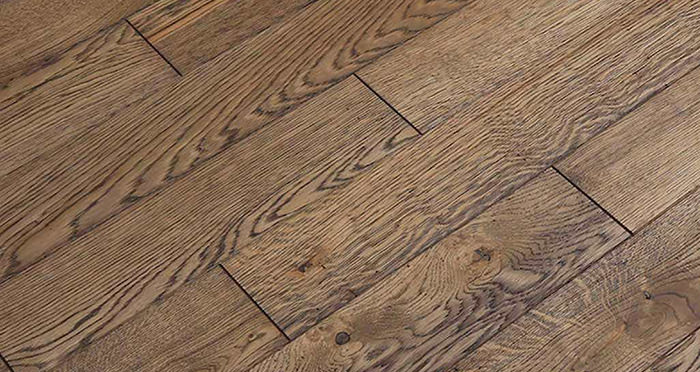 Aged & Rustic Brown Oak Brushed & Oiled Solid Wood Flooring - Descriptive 6