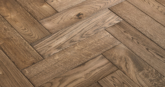 Luxury Parquet Brown Oiled Oak Solid Wood Flooring - Descriptive 2