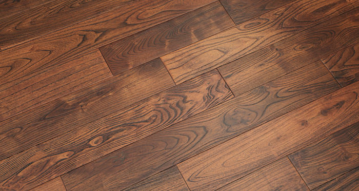 Deluxe Caramelised Teak Lacquered Solid Wood Flooring - Descriptive 2