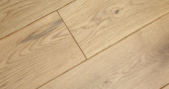 Luxury Handscraped Natural Oak Lacquered Solid Wood Flooring - Descriptive 5