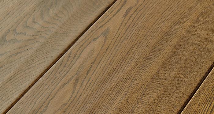 Grand Imperial Golden Oak Lacquered Engineered Wood Flooring - Descriptive 1