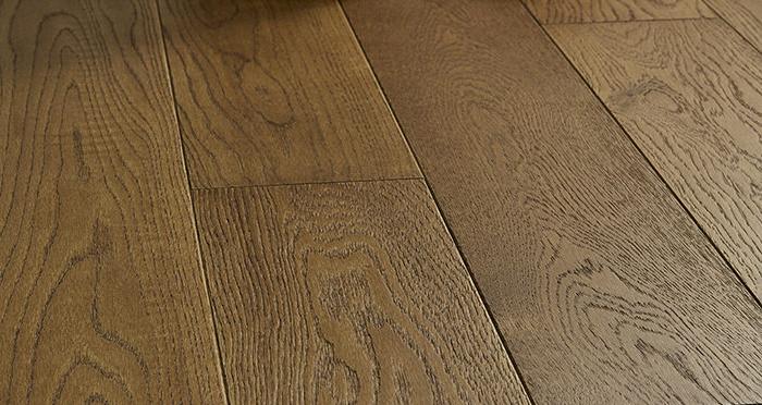Studio Honeycomb Oak Brushed & Oiled Engineered Wood Flooring - Descriptive 5