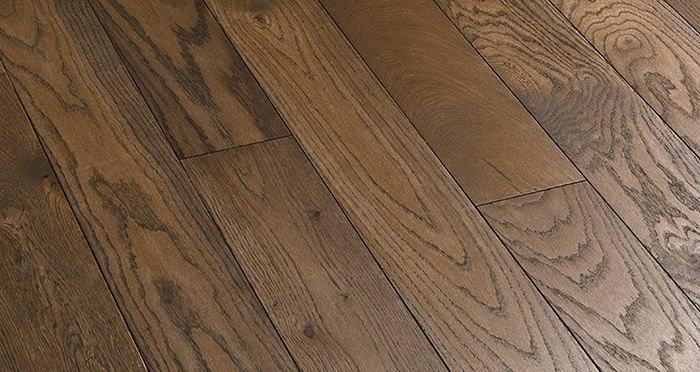 Luxury Espresso Oak Solid Wood Flooring - Descriptive 5