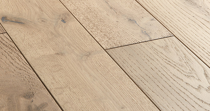 Studio Vanilla Oak Brushed & Oiled Engineered Wood Flooring - Descriptive 1