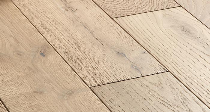 Studio Vanilla Oak Brushed & Oiled Engineered Wood Flooring - Descriptive 5