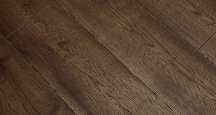Supreme Chocolate Oak Brushed & Oiled Engineered Wood Flooring - Descriptive 2