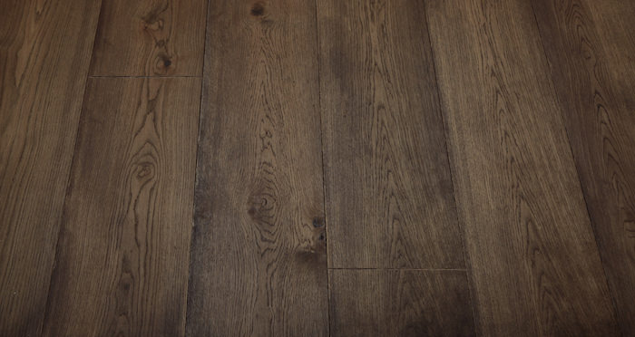 Supreme Chocolate Oak Brushed & Oiled Engineered Wood Flooring - Descriptive 5