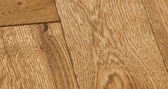 Luxury Parquet Golden Oiled Oak Solid Wood Flooring - Descriptive 3
