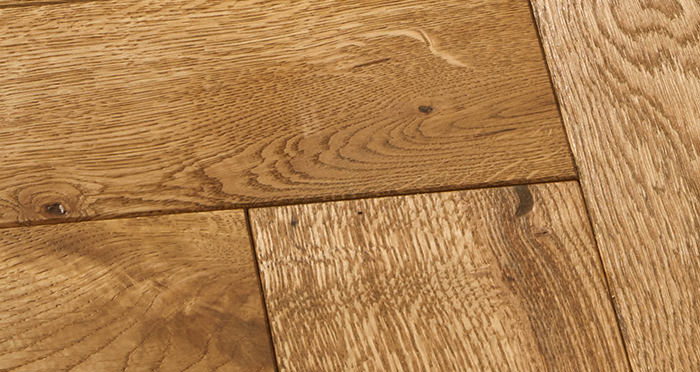 Luxury Parquet Golden Oiled Oak Solid Wood Flooring - Descriptive 5