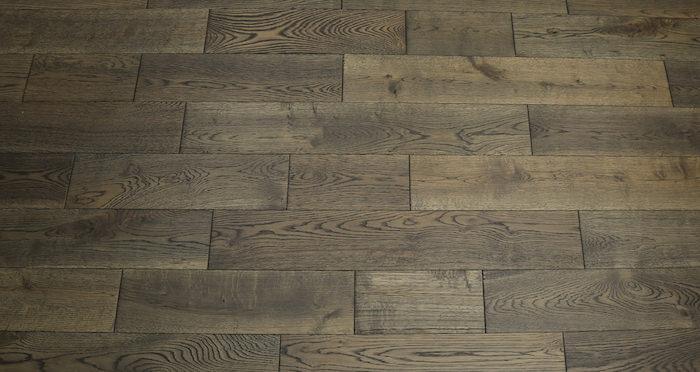 Aged Cottage Oak Brushed & Lacquered Engineered Wood Flooring 150mm Wide - Descriptive 3