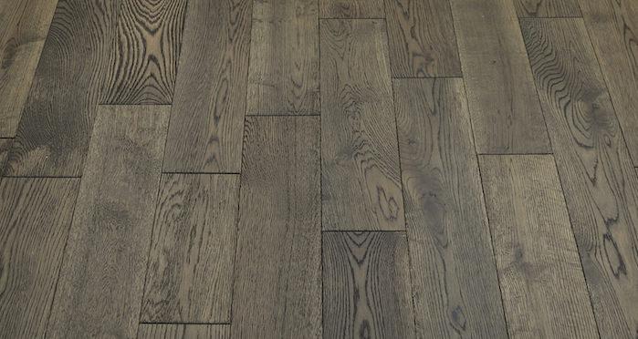 Aged Cottage Oak Brushed & Lacquered Engineered Wood Flooring 150mm Wide - Descriptive 5