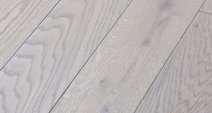 Luxury Silk Grey Oak Solid Wood Flooring - Descriptive 1